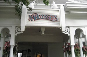 Entrance to Narcoossee's